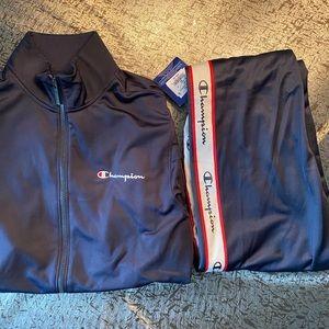 Men's champion tracksuit size small
